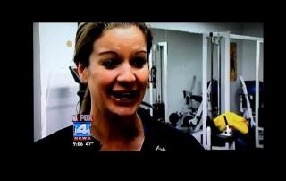 Car Wrecks Into Hitch Fit Gym Kansas City Fox 4 News